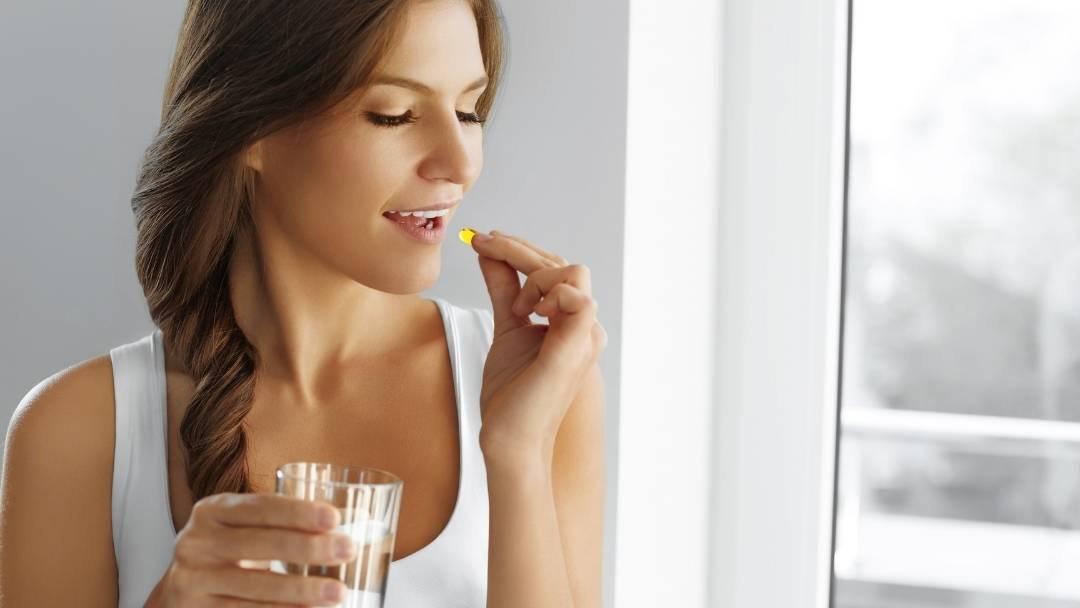 Welke vitamines en mineralen helpen tegen haaruitval - en zorgen voor een gezonde haargroei?