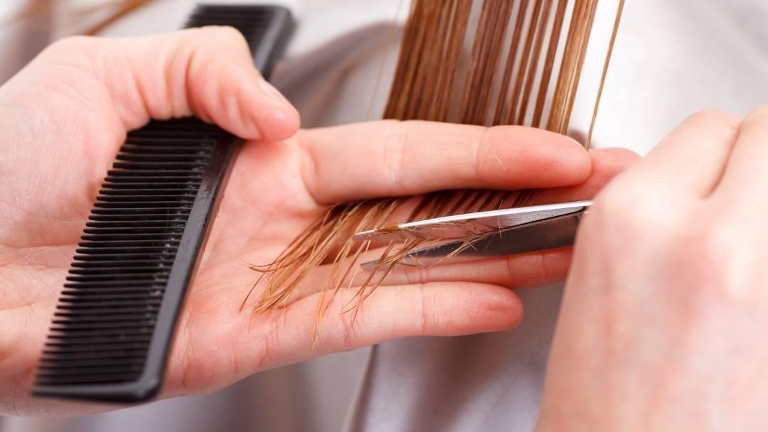 Wanneer moet je je haar knippen? 5 tekenen dat het hoog tijd is