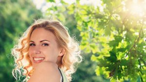10 tips voor natuurlijke haarverzorging - die je haar helpt mooi en gezond te houden